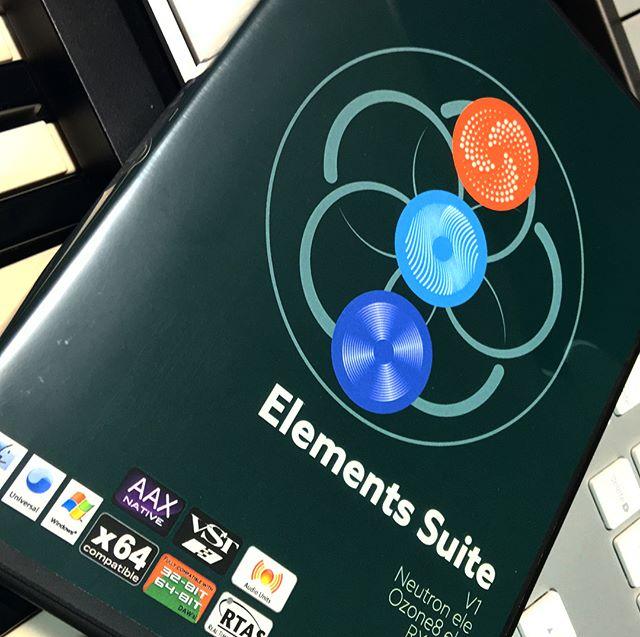 #izotope さんの #elements #suite 。ようやっと開封。。。 こういうの買ってすぐ試せないとかマジ信じられない。。。 どんだけ忙しいんだよ、オレ。。。 #タスク多すぎ #もうだめぽ #だれか休みください