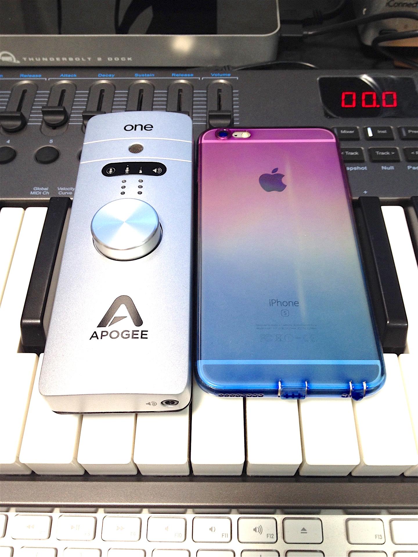 Apogee ONE と iPhone6s Plus|画像